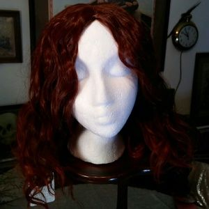 Red brown shoulder length wavy synthetic wig